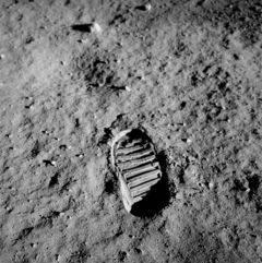 Estados Unidos y Rusia podr�an volver a la Luna� juntos