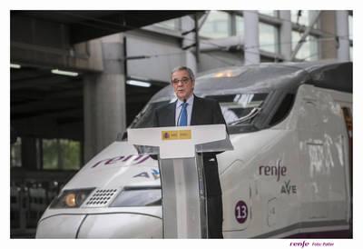 Renfe y Telefónica ofrecerán conectividad wifi y contenidos digitales en trenes y estaciones de cercanías