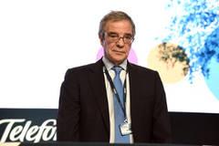 César Alierta: 'Telefónica mantiene un firme compromiso de remuneración con sus accionistas'
