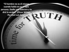 """""""El hombre no es él mismo cuando habla en su propia persona. Dadle una máscara y te dirá la verdad"""" (Oscar Wilde)"""