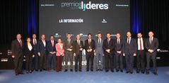 Foto de familia de la primera edición de los Premios Líderes de 'La Información.com'.