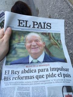 'El País' y los agujeros negros