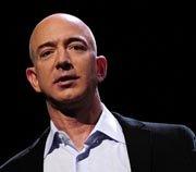 Jeff Bezos asegura que The Washington Post seguirá en los kioskos por 'décadas'