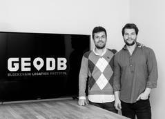 Luis Gelado y Sacha Gordillo, cofundadores de GeoDB.