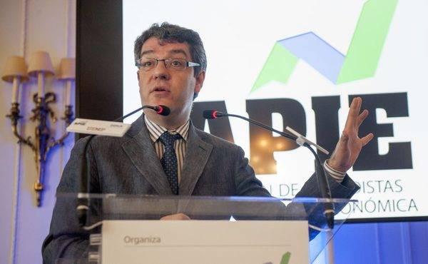 """""""La necesidad de digitalizar España debe colocarse en el foco"""""""