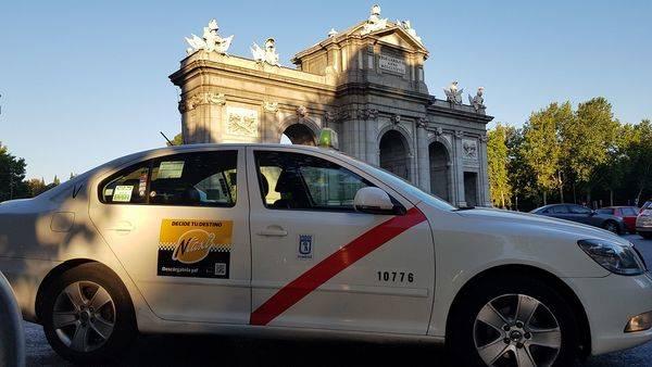 Así funciona la app que 'convierte' a los taxis en coches de Uber