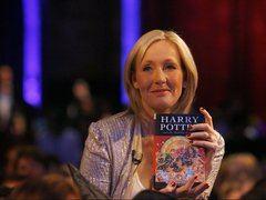 """""""La imaginación es la capacidad humana única para visualizar lo que no es y empatizar con los seres humanos cuyas experiencias nunca hemos compartido"""". (J.K.Rowling)"""