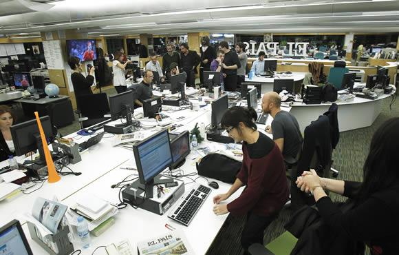 España está fuera de la carrera por la información en español