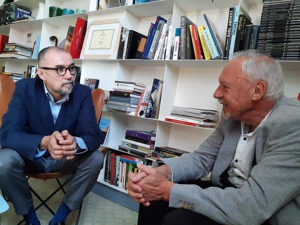 Andrés Rodríguez y Miguel Ormaetxea durante la entrevista de media-tics.com con el CEO de Spainmedia. / Imagen: M.Á. Ossorio-media-tics.com