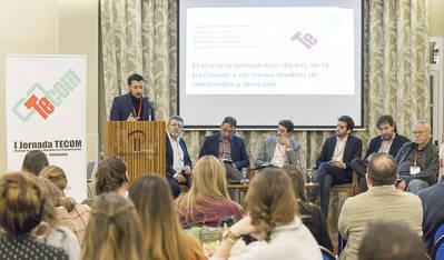 La profesión apuesta en Ponferrada por un modelo de pago para los digitales
