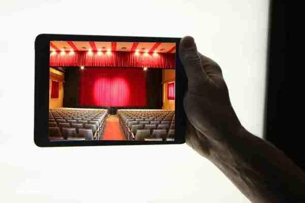 Cómo ver teatro a la carta desde el sofá de casa