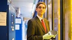 Tomás Palacios, coautor de la investigación que la alumbrado un dispositivo capaz de transformar señales microondas en electricidad.