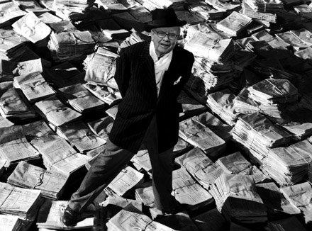 Warren Buffet compra 63 periódicos de EEUU