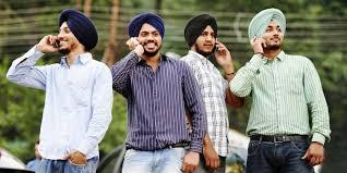 India lanza un móvil de 3 euros