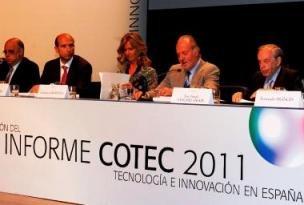 El Rey preside la presentación del Informe Cotec 2011