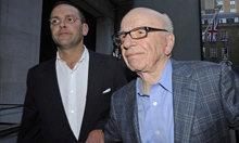 James Murdoch, ¿decapitado o protegido por su padre?