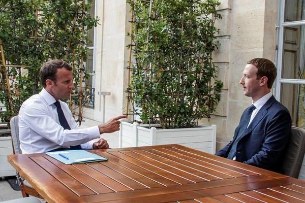 Macron se reúne con los gigantes digitales y saca tajada para Europa