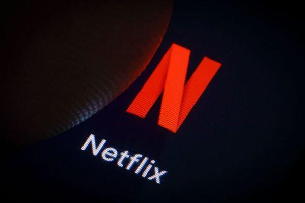 Netflix está imparable y gana suscriptores, mejora ingresos, duplica beneficios... y aumenta su deuda