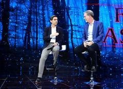 José María Álvarez-Pallete (izquierda), presidente de Telefónica, junto a Reed Hastings, fundador y director ejecutivo de Netflix.
