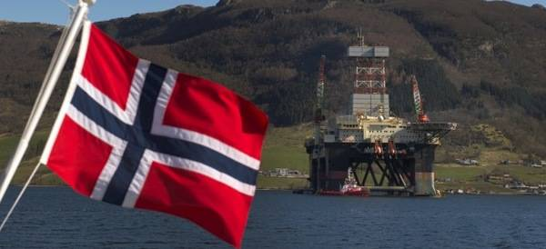 Noruega baraja prohibir los coches gasolina y diesel en 2025