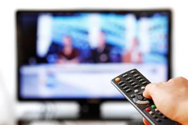 """""""Sorpasso"""" en la publicidad estadounidense: Internet podría superar a la televisión en 2017"""