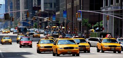 3.000 coches de Uber para sustituir 13.000 taxis