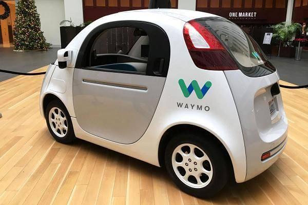Google inaugura en Arizona su servicio de taxis sin conductor